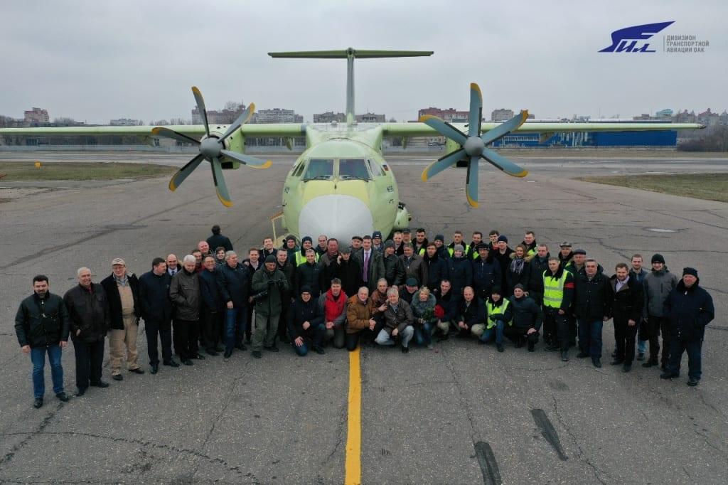 Πρώτη πτήση για το ολοκαίνουργιο Ilyushin IL-112V