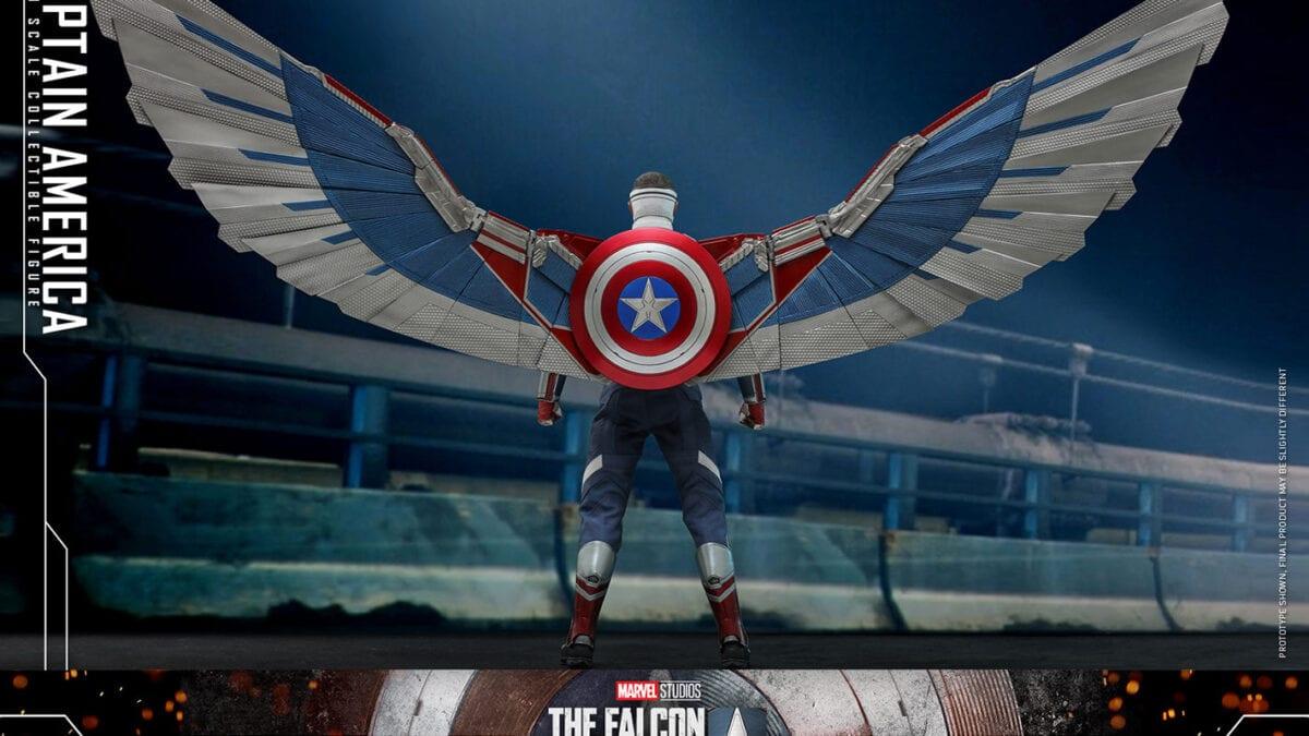 Sam Wilson Captain America Hot Toys