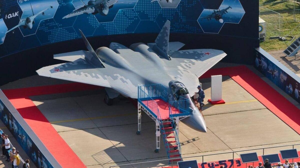 Κατασκευάζοντας το 5ης Γενιάς Su-57 Felon μαχητικό