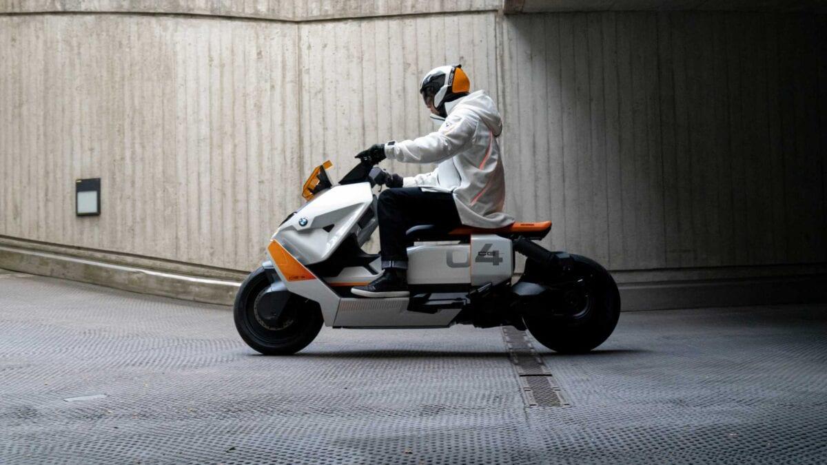 Νέα BMW CE 04