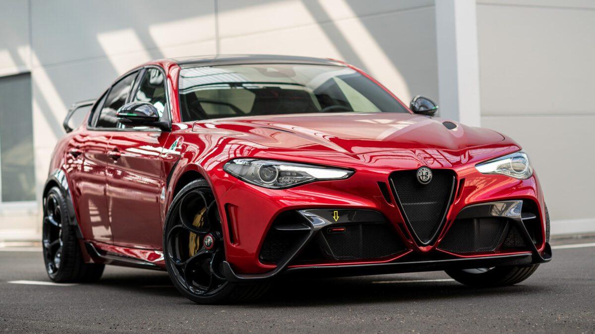 2021 Alfa Romeo Giulia GTAm – Το εμπρός μέρος