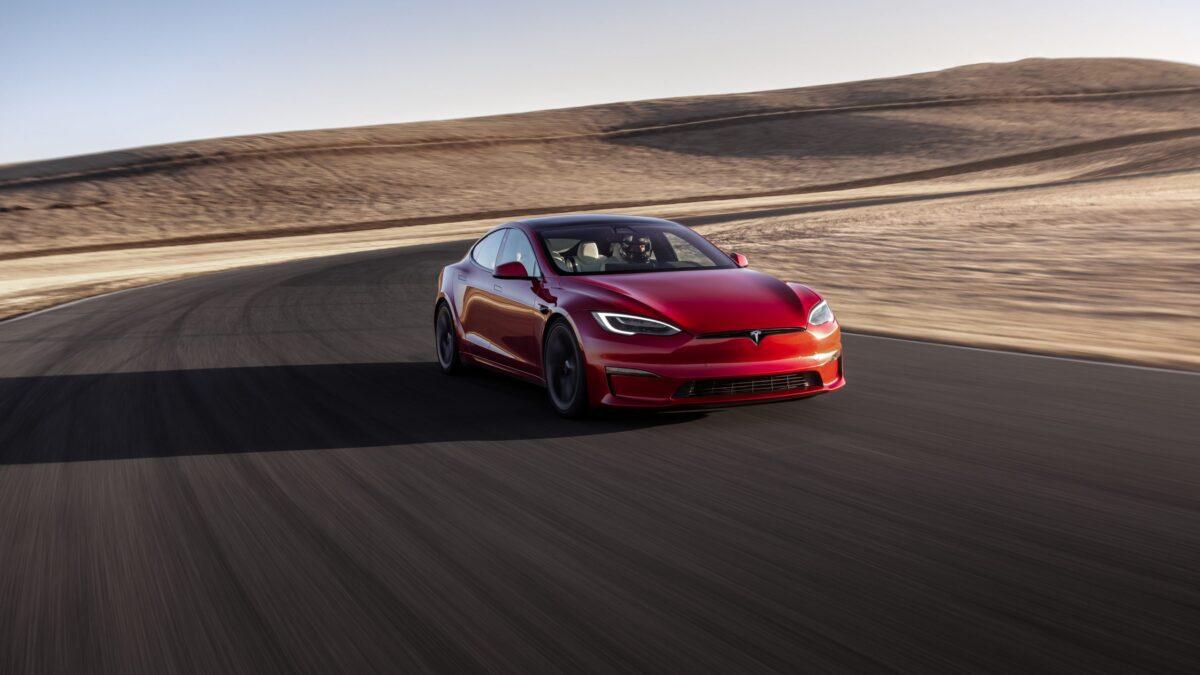 Το Model S Plaid σε γρήγορο γύρο στο Nürburgring