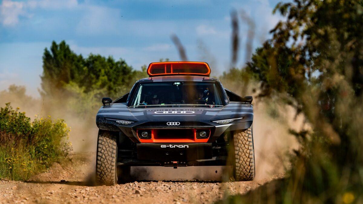 Audi RS Q e-tron – The Road to Dakar