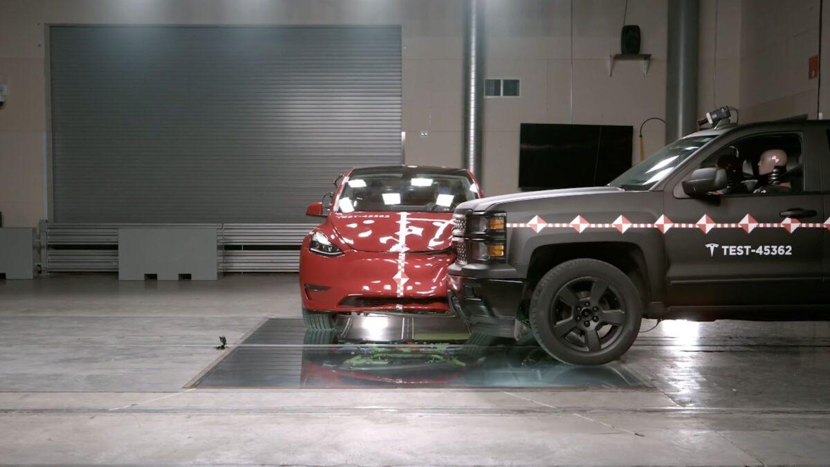 Tesla Crash Lab – εξωπραγματικές δοκιμές ασφάλειας